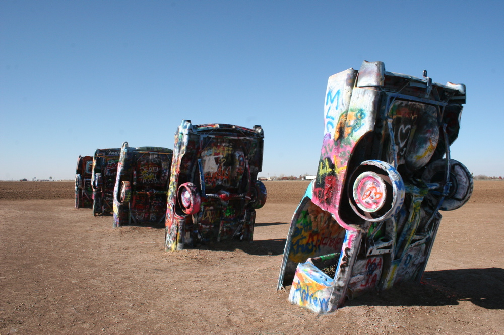 8 quirky facts about cadillac ranch in amarillo texas the adventure post. Black Bedroom Furniture Sets. Home Design Ideas